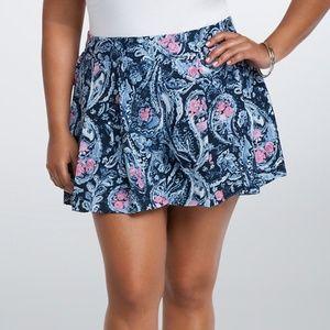 Torrid : Paisley Print Pleated Shorts NWT Size L